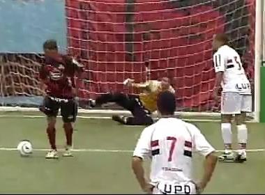 Hai pha da penalty 'hut' hai huoc hinh anh