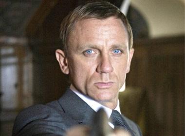 James Bond cung phai cho hinh anh