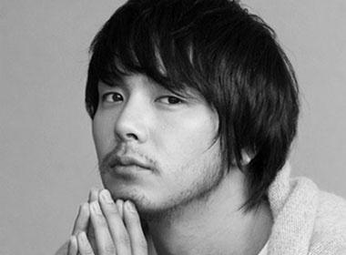 Vi sao Park Yong Ha tu tu? hinh anh