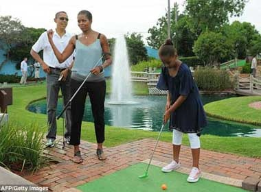 Nha Obama hao hung choi golf hinh anh