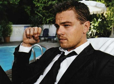 Leonardo DiCaprio thoat nan fan cuong hinh anh