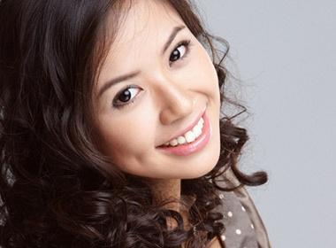 Kieu Khanh da duoc 'duyet' thi Miss World 2010 hinh anh