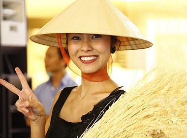 Tang Thanh Ha tao dang xi tin cung non la hinh anh