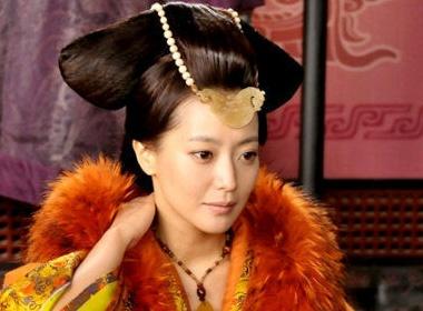 Kim Hee Sun lam nguoi dep co trang Trung Quoc hinh anh