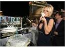 Pamela Anderson: Bo con di choi hinh anh