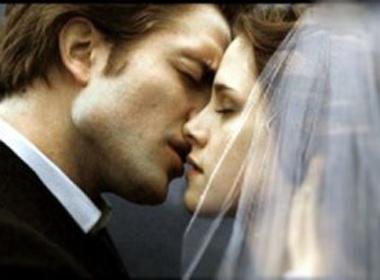 'Ma ca rong Edward' dung rang mo de cho vo hinh anh