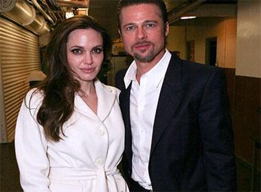 Brad Pitt bong bay, Angelina Jolie bo pho hinh anh
