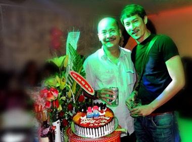 Huy Khanh mung sinh nhat Hoang Son hinh anh