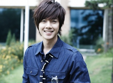 Kim Hyun Joong den Viet Nam vao 11/8 hinh anh
