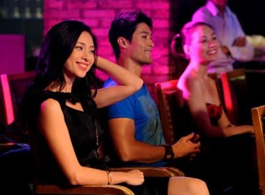 Tri Nguyen - Ngo Thanh Van sanh vai xem ca nhac hinh anh