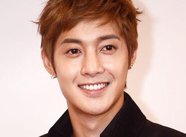 Kim Hyun Joong ly giai ve lanh nhat khi toi Viet Nam hinh anh