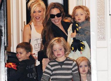 Con Angelina Jolie quay pha nha Gwen Stefani hinh anh