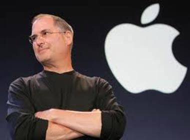 Dan mang viet 'la thu la ky' bang rap gui Steve Jobs hinh anh