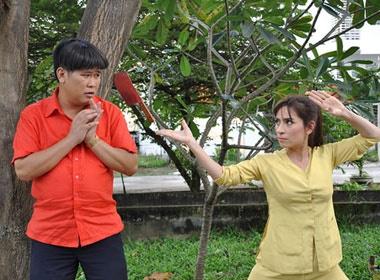 Phi Nhung cam dao 'chem' Phuoc Sang hinh anh