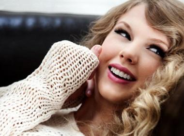Taylor Swift chay dua lam 'nguoi khon kho' hinh anh