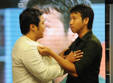 Ly Hung bi thi sinh 'Hay xem toi dien' tum co hinh anh