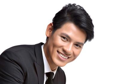 Le Khoi Nguyen lot top 5 Mister International 2011 hinh anh