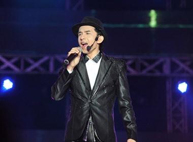 Dan Truong 'tranh' my nu voi Tan Beo hinh anh