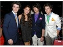Kid's Choice Awards: Ai dep, ai xau? hinh anh