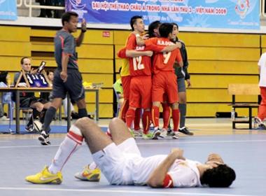 Futsal nam 'rua mat' voi tran hoa Bahrain hinh anh