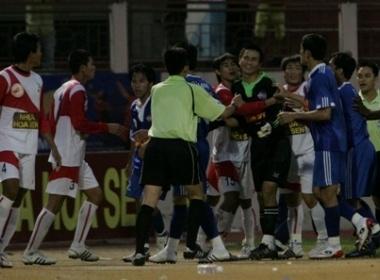 Vong 1/8 Cup Quoc Gia: Xo xat tren san Nha Trang hinh anh