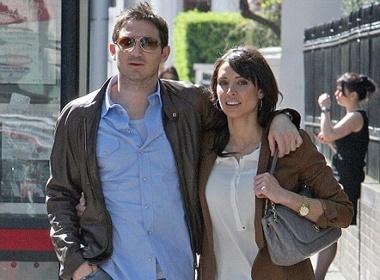 Lampard va bo tung tang tren pho hinh anh