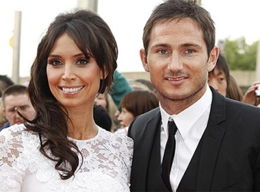 Lampard duoc long bo me vo tuong lai hinh anh