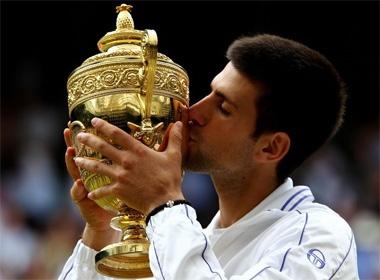 Djokovic lan dau vo dich Wimbledon hinh anh
