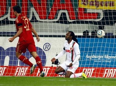 Gomez va Ribery xay chac ngoi dau cho Bayern hinh anh