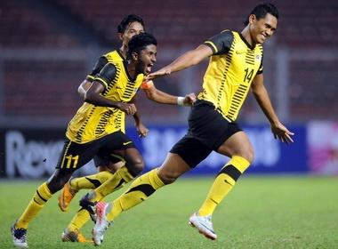 Clip U23 Malaysia 2-1 Thai Lan va Myanmar 4-0 Brunei hinh anh