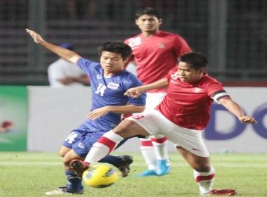 U23 Indonesia tien Thai Lan ve nuoc hinh anh