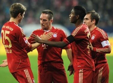 Bayern Munich - Dortmund: The thoi da khac hinh anh