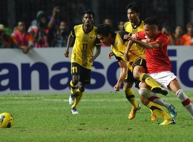 Thua Malaysia, Indonesia gap Viet Nam o ban ket hinh anh