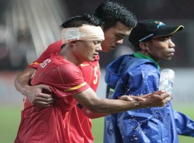 Thanh Luong lot Top 5 cau thu hay nhat SEA Games 26 hinh anh