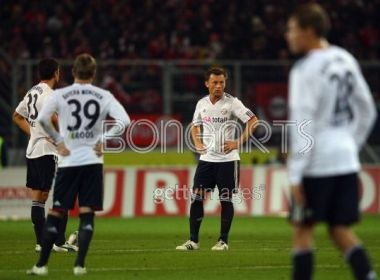 Mainz xuat sac keo tuot Bayern xuong vi tri thu 3 hinh anh