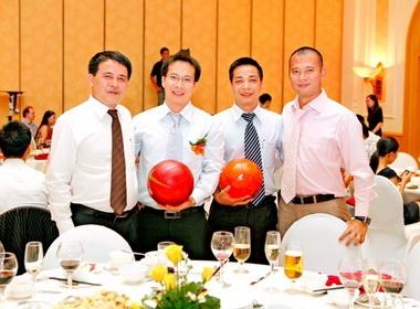 'Bau' Lam huong Sai Gon FC theo mo hinh Barca, MU voi 60 ty hinh anh