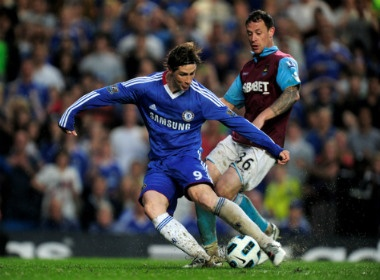 Torres - Ung cu vien so 1 bi 'tong co' khoi Chelsea hinh anh