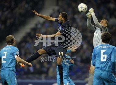 Zenit tien Porto roi khoi cuoc choi Champions League hinh anh