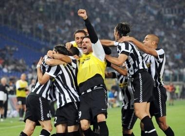 Roma - Juventus: Lao ba se lat do chiec ghe cua Enrique? hinh anh