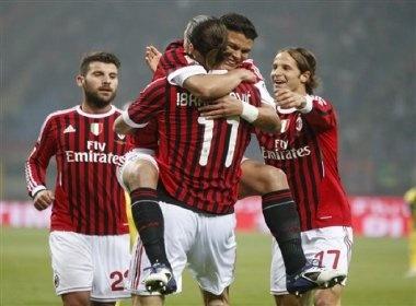 """Bologna - AC Milan: Suc manh cua """"nha Vua"""" hinh anh"""