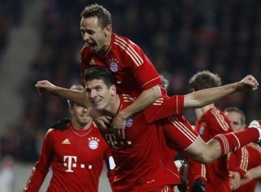 Bayern gia tang khoang cach voi Dortmund len 3 diem hinh anh