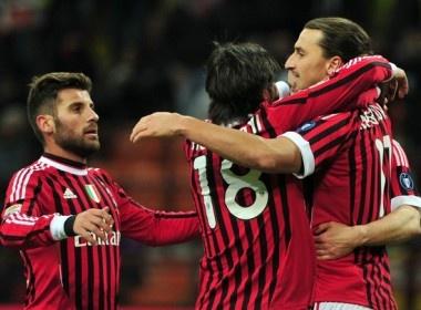 Khuat phuc Siena, Milan lai gay suc ep len Juventus hinh anh