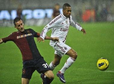 Ibrahimovic lap cong dua Milan tai chiem ngoi dau hinh anh