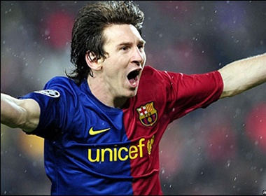 Chiem nguong nhung duong chuyen dep mat cua Messi hinh anh