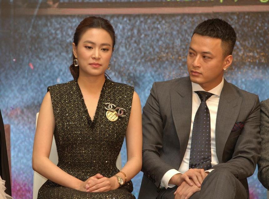 Hoang Thuy Linh noi gi ve tin don ran nut voi Quynh Anh vi Quang Huy? hinh anh 1