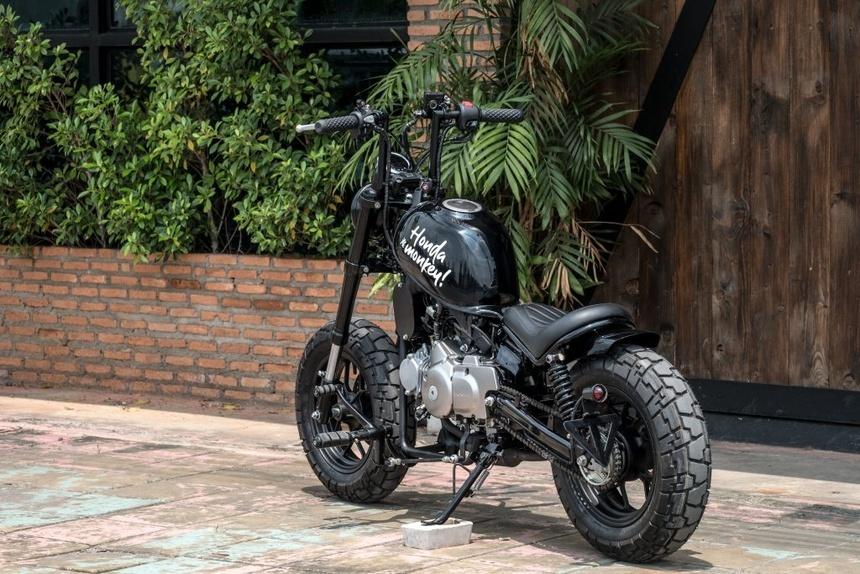 Ngam Honda Monkey 125 do thanh moto doc la bobber lai chopper hinh anh 6
