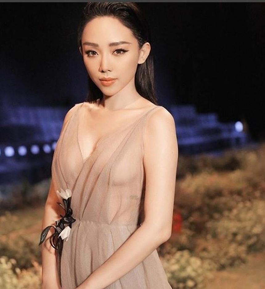 Khong chi Angela Phuong Trinh, nhieu my nhan Viet chay dua khoe than hinh  anh