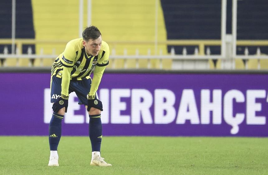 Mesut Ozil anh 1