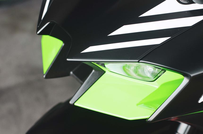 Kawasaki Ninja ZX10R 2021 da xuat hien tai Viet Nam - 4