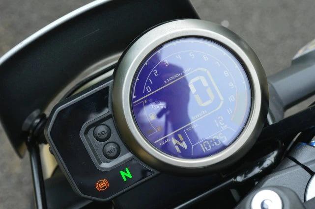 Honda CB190TR trinh lang voi ngoai hinh hap dan - 5